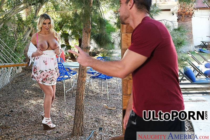 DirtyWivesClub.com, NaughtyAmerica.com: Kenzie Taylor - Blonde with Fake Tits [286 MB / SD / 360p] (Big Tits) + Online
