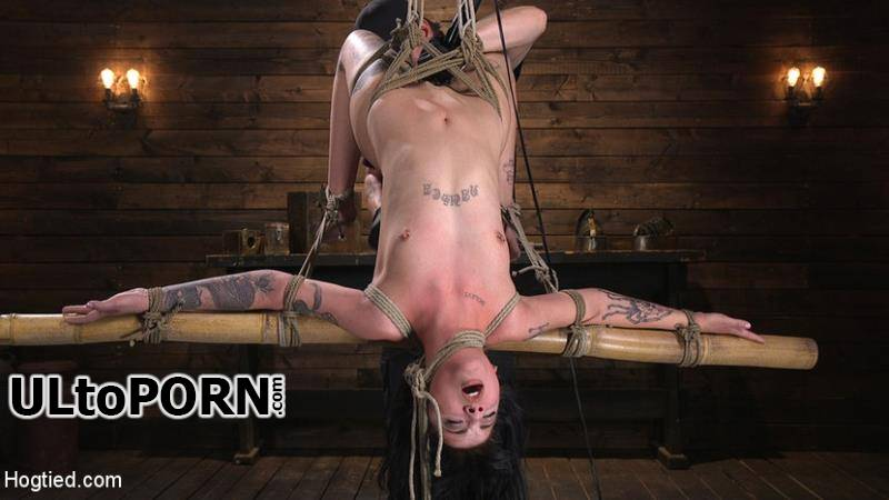 Hogtied.com, Kink.com: Charlotte Sartre - Submissive Goth Girl is Bound, Tormented, and Made to Cum [1.56 GB / HD / 720p] (Humiliation)