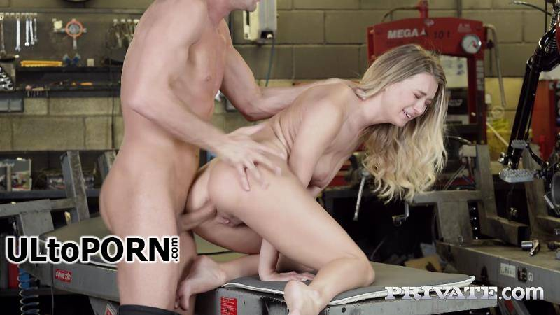 Private.com: Natalia Starr - Babes On Wheels [229 MB / SD / 360p] (Anal)