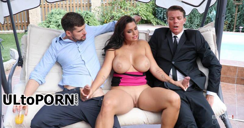 Bang.com: Chloe Lamour - Chloe Lamoure Has Giant Tits And A Craving For Two Dicks! [2.28 GB / FullHD / 1080p] (Threesome)