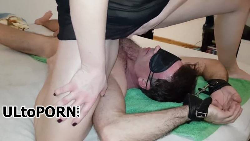 Clips4sale.com: He drink my squirt [200 MB / FullHD / 1080p] (Femdom)