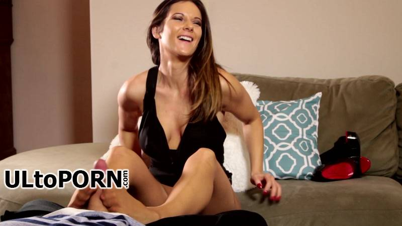 MandyFlores.com,Clips4sale.com: Mandy Flores - Footjob Caught on Camera [733 MB / FullHD / 1080p] (Fetish)