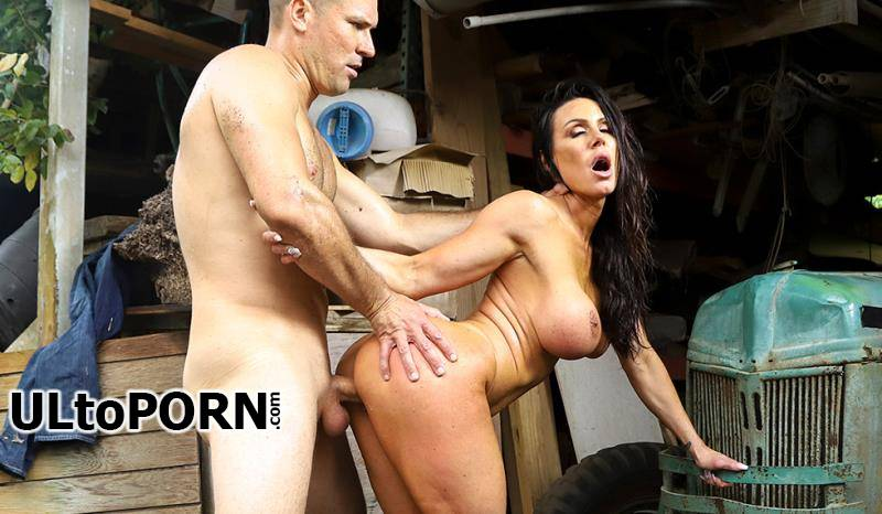 AssParade.com, BangBross.com: Kendra Lust - Kendra Lust Gets Fucked At The Farm [2.68 GB / FullHD / 1080p] (France)