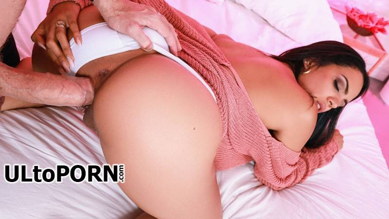 RKPrime.com, RealityKings.com: Katrina Moreno - Sweater Seduction [403 MB / SD / 480p] (Cumshot)