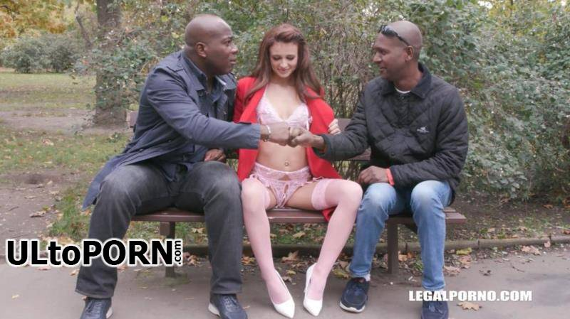 LegalPorno.com: Kate Rich, Joachim Kessef, Alan Gwada - First time to enjoy black bulls for Kate Rich IV372 [1.27 GB / HD / 720p] (Anal)